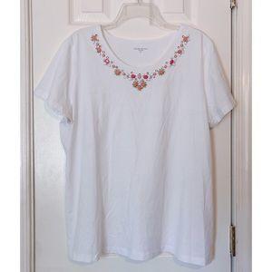 ❗️SALE❗️Laura Scott White T-Shirt w/ Embellishment